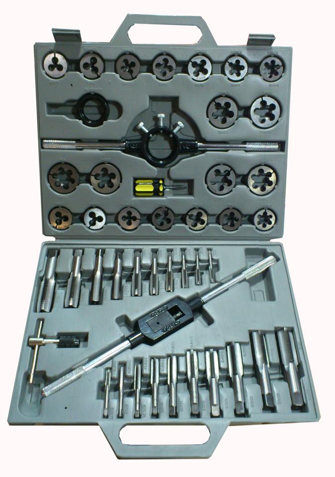 Maletin de herramientas manuales de roscar 45 piezas