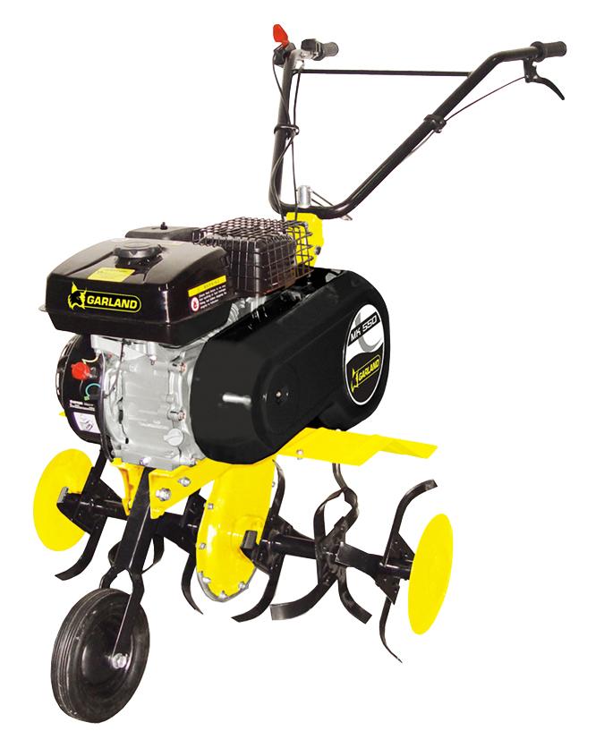 Motocultor con cuchillas de acero mk 550 garland para remover la tierra de huertos y jardines.