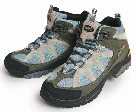 calzado de montaña para senderismo