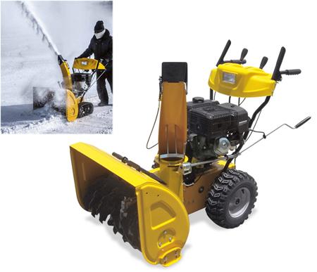maquina quitanieves con ruedas neumaticas para limpiar el camino de nieve snow670qg