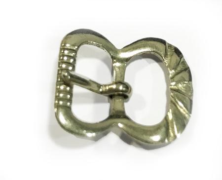 Hebillas pequeñas cromadas en forma de mariposa para bolsos y zapatos disponible en dos tamaños