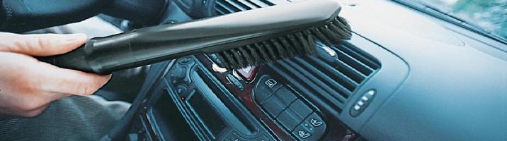 Limpieza Karcher del interior y el exterior del vehiculo.
