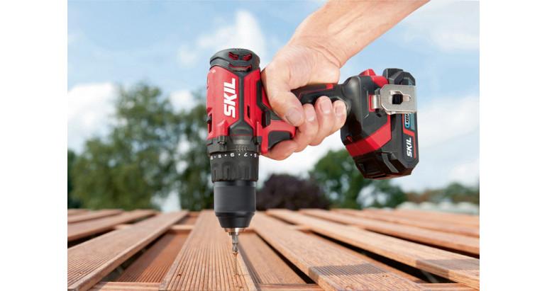 Taladro atornillador Skil 3010 CA perfecto para taladrado de madera