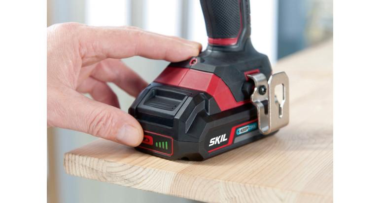 Atornillador compatible con baterías de 18 V con indicador del nivel de carga l