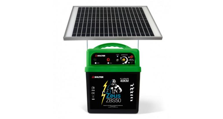 Pastor a batería con placas solares de la marca Solter. Zeus ZBS50-KIT