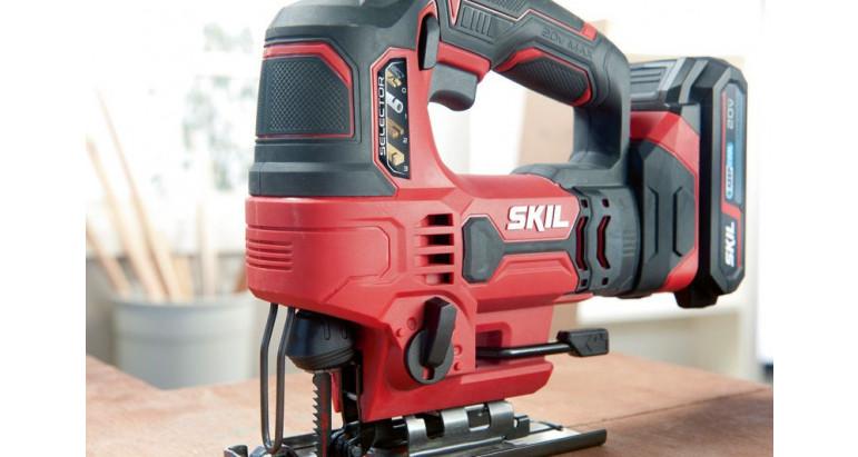 Sierra calar batería Skil 3420AA con selector del material a cortar para un resultado optimo