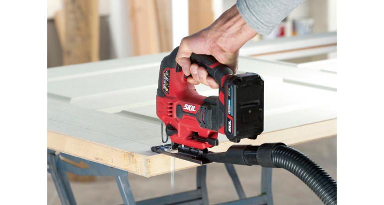 Skil 3420AA sierra de calar profesional adaptable a la gran mayoría de tubos de aspiración.