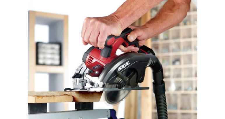 Skil profesional sierra circular 3520CA con hoja en el lado izquierdo para mejor visibilidad de trabajo