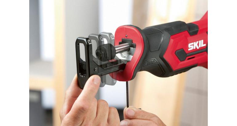 Sierra sable a batería skil 3470 AA para uso profesional con base ajustable