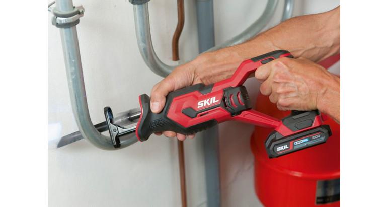 3470aa sierra Skil perfecta para trabajos de demolición y trabajos de bricolaje como cortar tuberías o marcos de madera