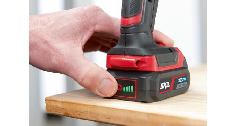 Skil 2740AA Taladro profesional con indicador LED en la batería para comprobar el nivel de carga