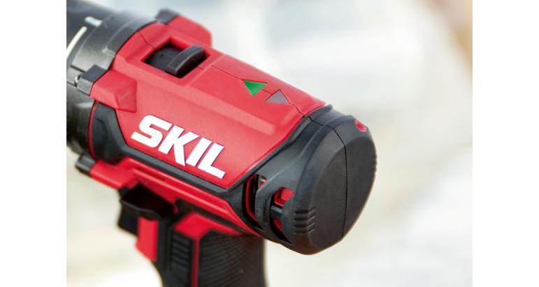 Indicador de dirección mediante led para el atornillador profesional a batería Skil 3010AA