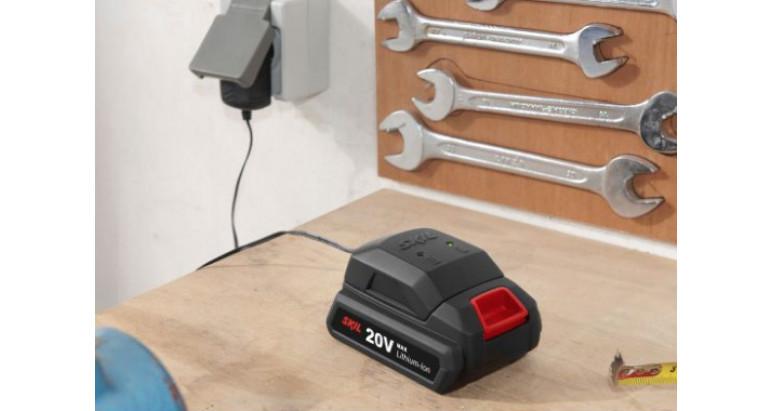 Taladro percutor con batería de 20V max