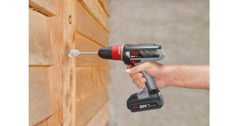 Taladro percutor Skil idóneo para madera