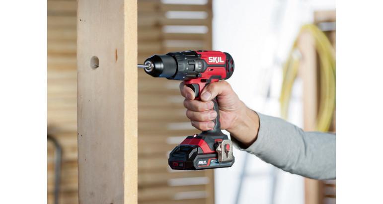 Atornillador y Taladro a batería para madera Skil 3020