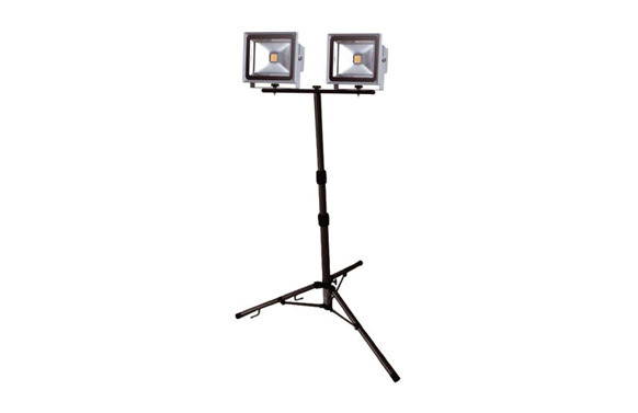 PROYECTOR LED 2X30W C/TRIPODE