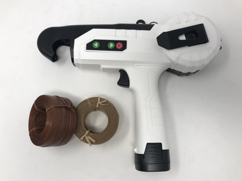 Atadora para atar ramas a bateria omega om1720