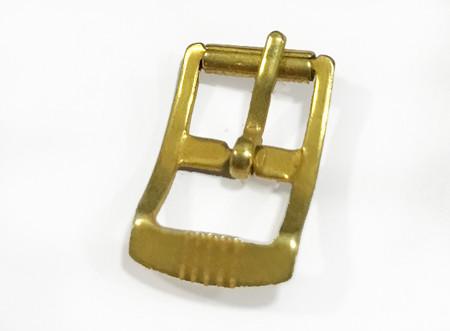 Hebillas pequeñas doradas para bolsos y zapatos