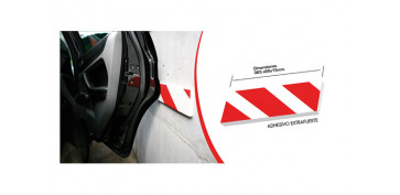 PROTECTOR LATERAL PARA PARKING 365 X 85 X 15 MM.